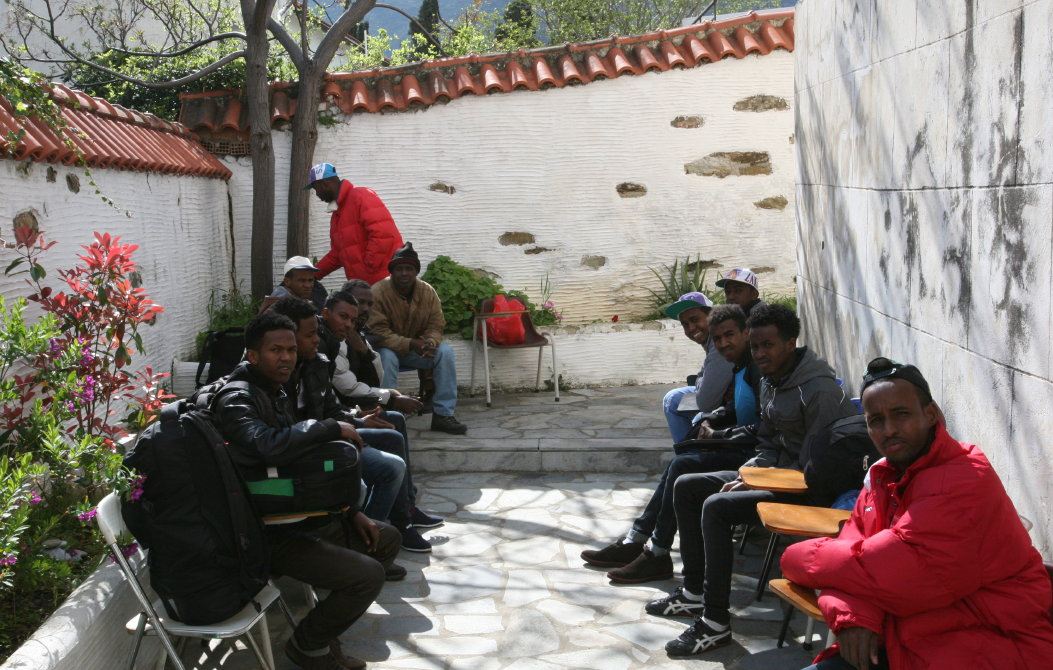somalian refugees in andros 25 martioy 2016 vanglouk androsfilm (2)