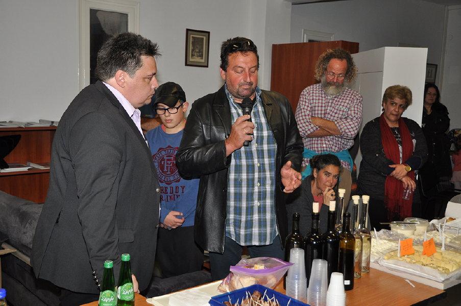 συναντηση παραγωγων τοπικων προϊόντων στο επιμελιτήριο Κυκλάδων 30 martioy 2016 ωανγλοθκ ανδροσφιλμ (13)