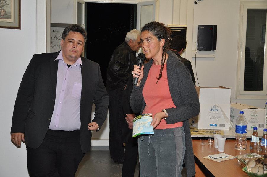 συναντηση παραγωγων τοπικων προϊόντων στο επιμελιτήριο Κυκλάδων 30 martioy 2016 ωανγλοθκ ανδροσφιλμ (16)