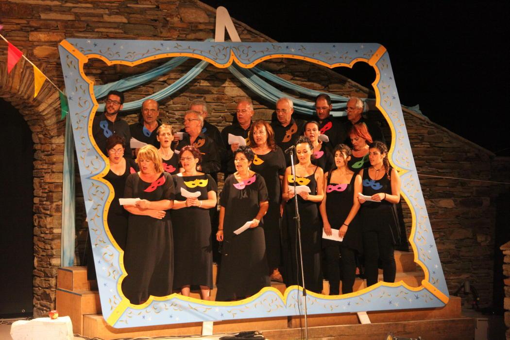 θεατρικος όμιλος Άνδρου το μεγάλο μας τσίρκο 29 ιουλίου 2016 androsfilm vanglouk (19)