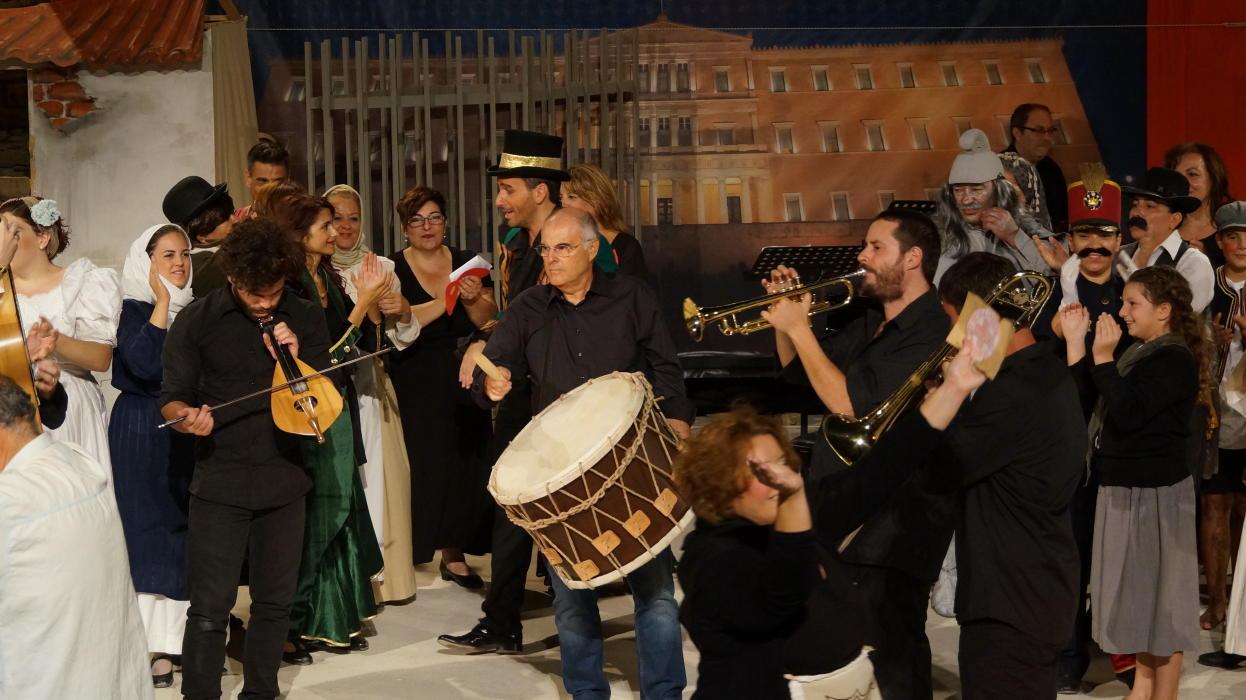 θεατρικος όμιλος Άνδρου το μεγάλο μας τσίρκο 29 ιουλίου 2016 androsfilm vanglouk (30)