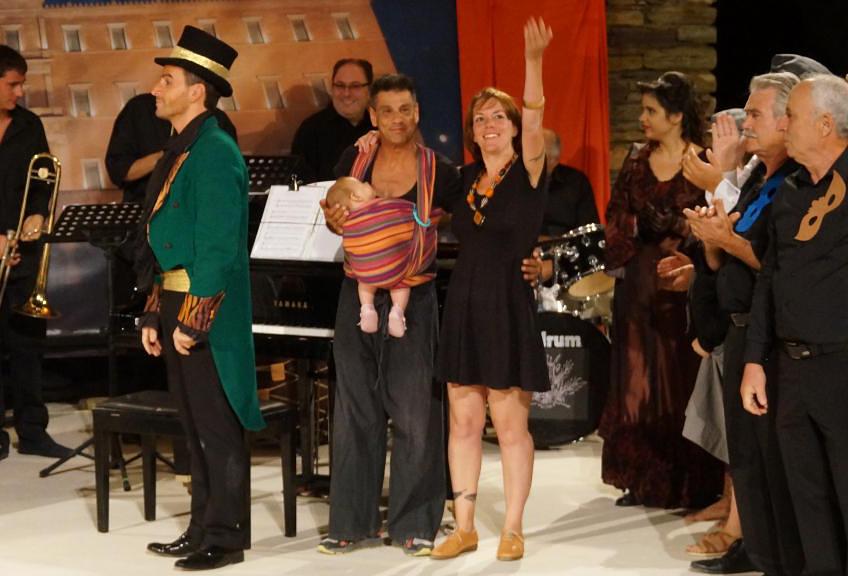 θεατρικος όμιλος Άνδρου το μεγάλο μας τσίρκο 29 ιουλίου 2016 androsfilm vanglouk (32)