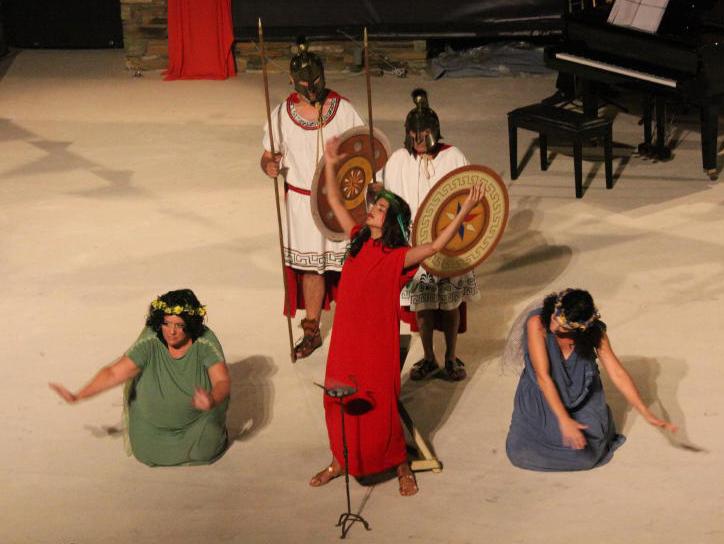 θεατρικος όμιλος Άνδρου το μεγάλο μας τσίρκο 29 ιουλίου 2016 androsfilm vanglouk (36)