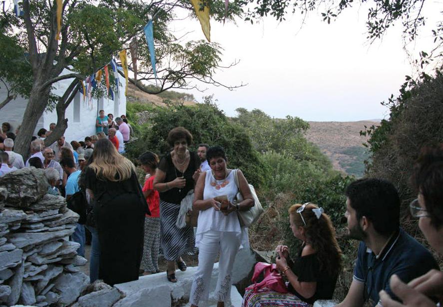 Παναγία Πετρένια στο Βουνί 22 Αυγ 2016 vanglouk androsfilm (10)