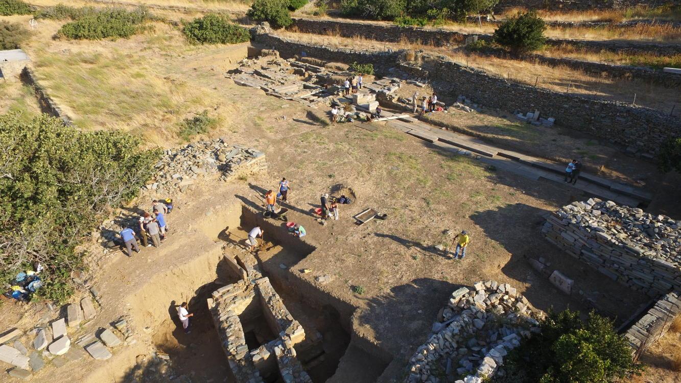 ανασκαφές στην Παλαιόπολη της Άνδρου Σεπτ 2016 ωανγλοθκ ανδροσφιλμ (2)_1