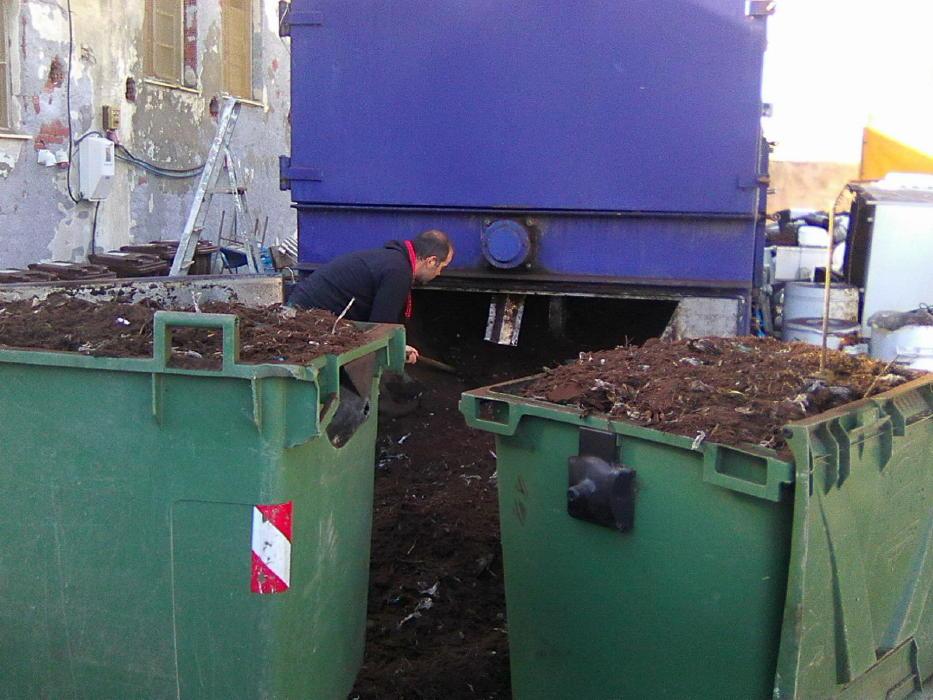compost-androy-dec-2016-a-papadakis-vanglouk-androsfilm-4
